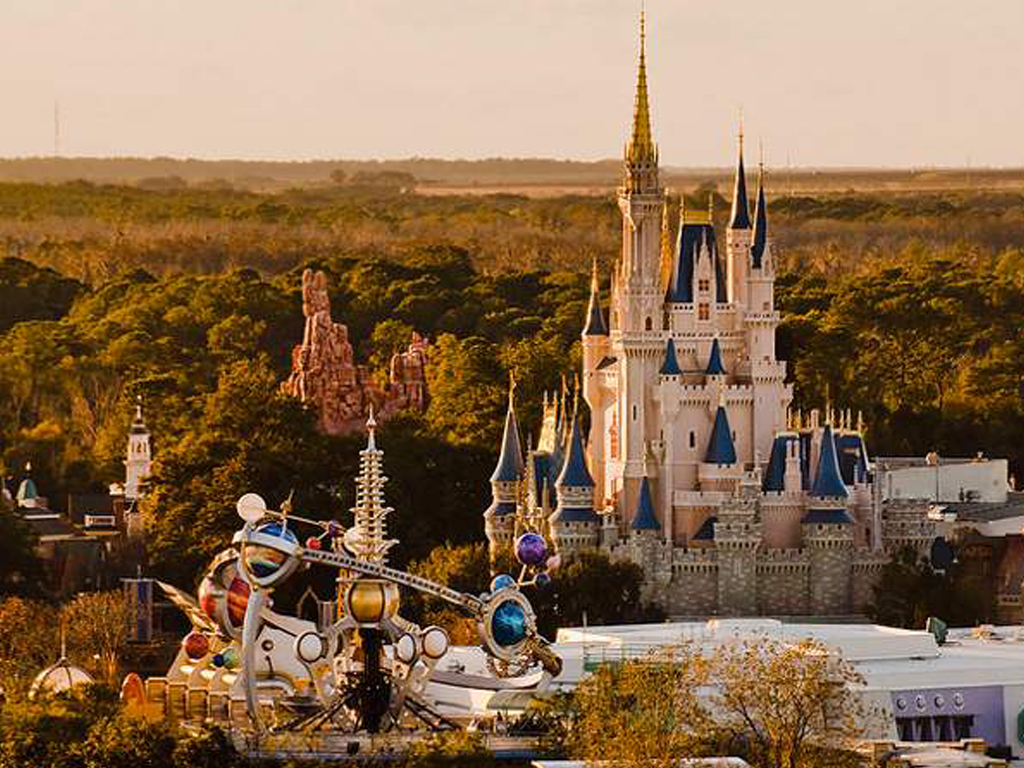 AAA and CAA Discounts on Disney's Magic Kingdom Magic Your Way Tickets. AAA and CAA discounts on selected Magic Your Way tickets (usually 3 to 7 days in length) are available in advance through most, but not all, AAA and CAA offices. Different AAA/CAA chapters offer different tickets.